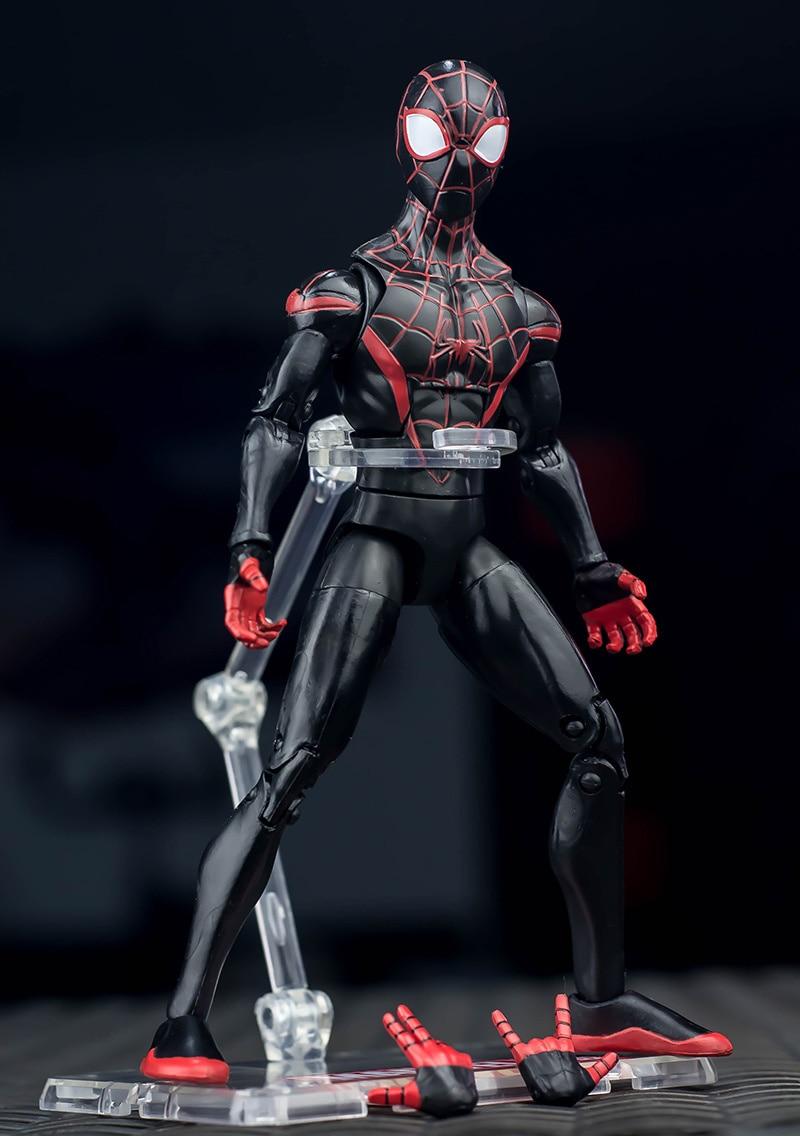 Hasbro – figurines Spiderman Marvel en PVC, jouet de collection, 6 styles, 17CM, 2018