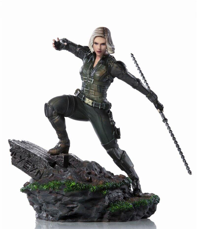 Produits dérivés : Black Widow statuette Scarlett Johannson