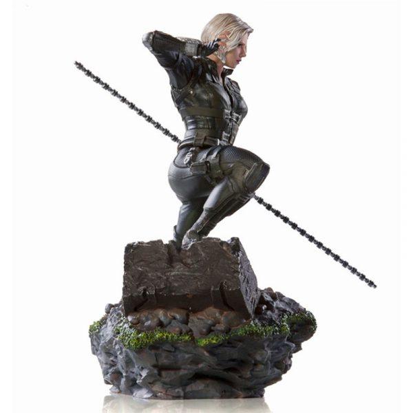 Produits dérivés : statuette Black Widow Scarlett Johannson